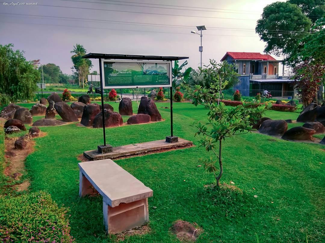 Sekilas Situs Watu Kandang Matesih Karanganyar Asedino Kab