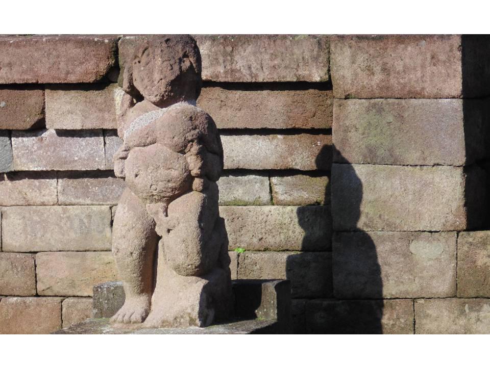 Selanyang Pandang Peninggalan Arkeologi Lereng Barat Gunung Lawu Tinggalan Pra