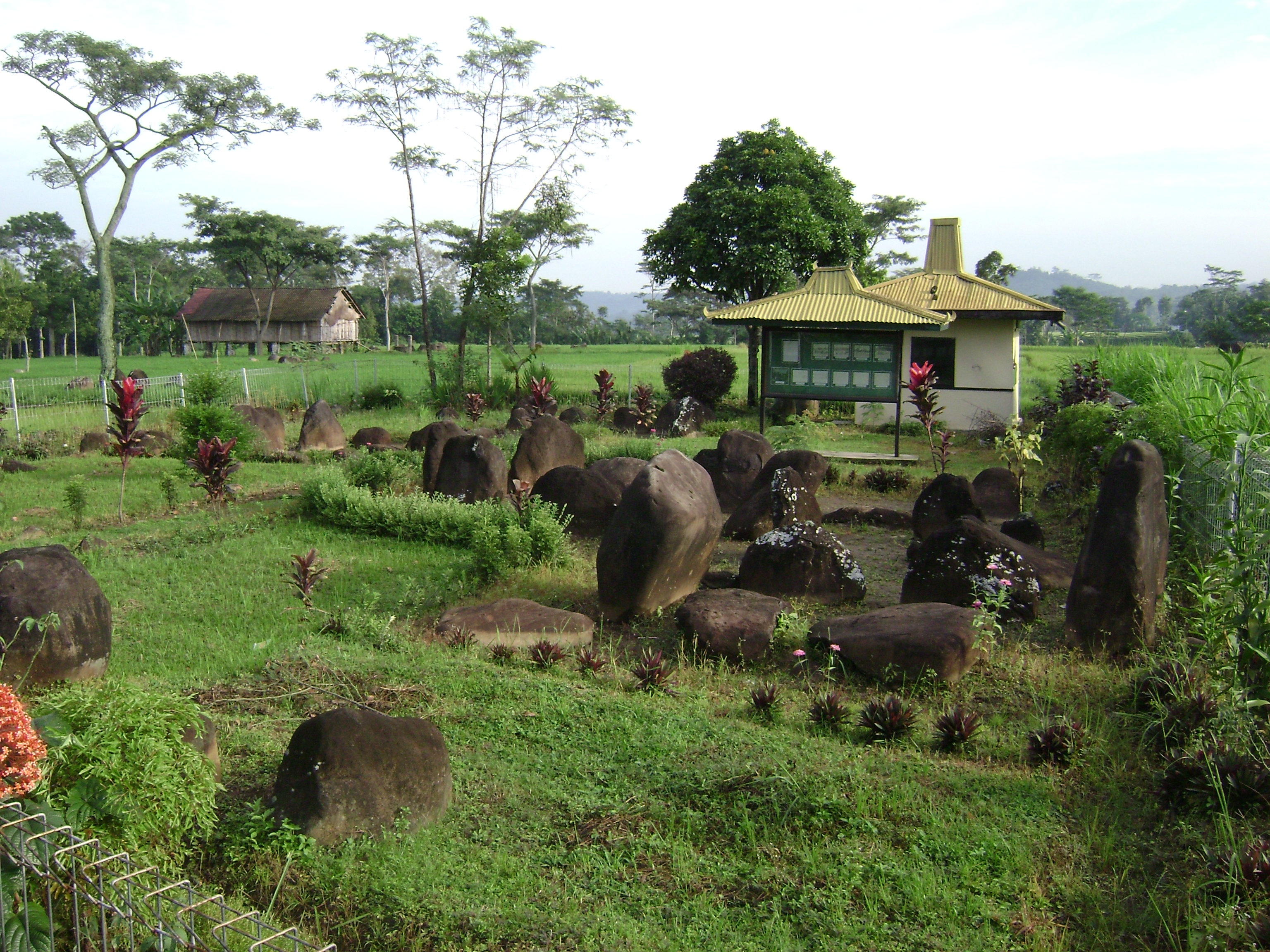 Wisata Sejarah Page 3 Situs Watukandang Watu Kandang Kab Karanganyar