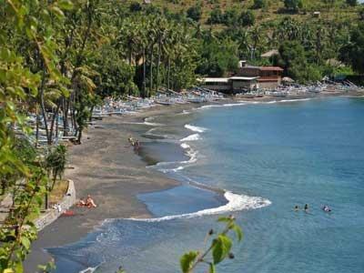 Jemeluk 400 Jpg Lokasi Pantai Desa Purwakerti Kec Abang Kab