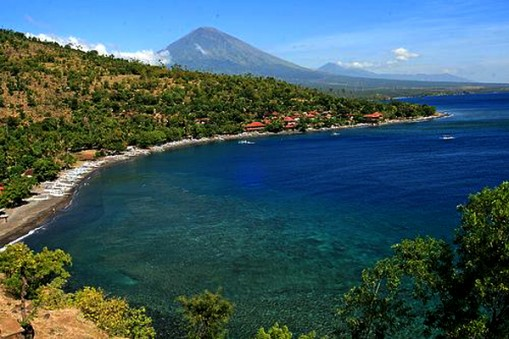Pantai Amed Karangasem Bali Dogen Asem Terletak Salah Satu Teluk
