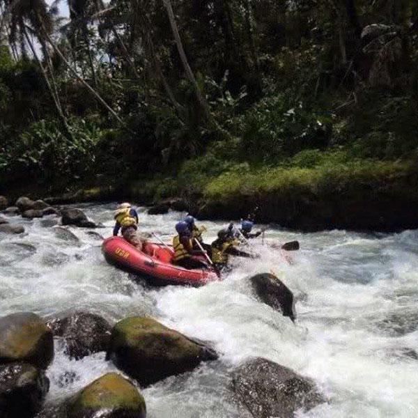Arum Jeram Padegolan Wisata Air Menegangkan Kebumen Lihat Id Jawa