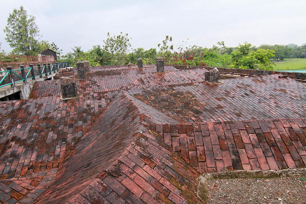 Benteng Van Der Wijck Gombong Jawa Tengah Spade Picnic Gambar