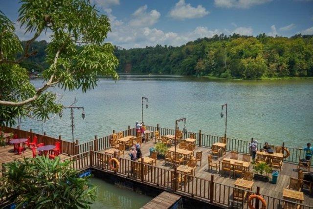 9 Tempat Wisata Kebumen Keren Abis Klikhotel Jembangan Alam Bukit