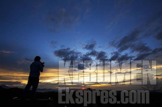 Berburu Panorama Eksotik Bukit Langit Kebumen Ekspres Kab