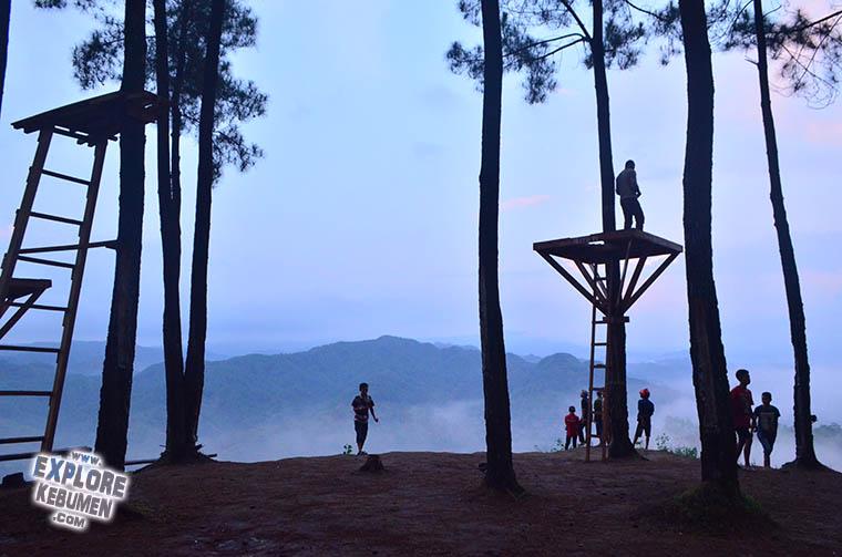 Bukit Pentulu Indah Pi Karangsambung Mempesona Explore Kebumen Langit Kab