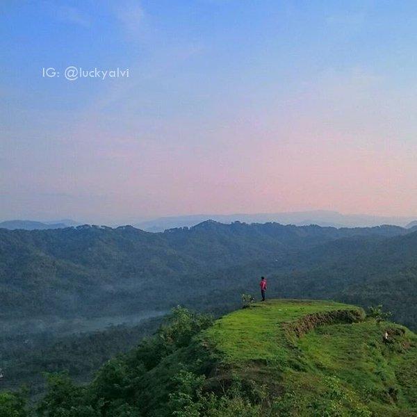 Lintas Kebumen Twitter Photo Panorama Bukit Langit Dusun Kembangabang Desa