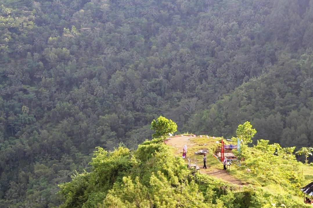 Wisata Alam Bukit Langit Kebumen Tempat Kab