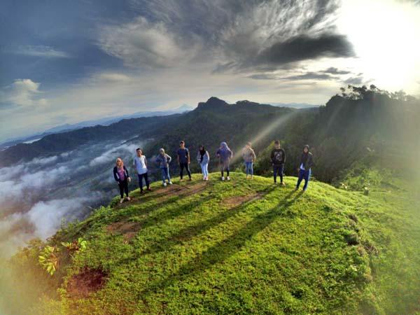 Wisata Bukit Langit Karanganyar Bakpia Mutiara Jogja Kab Kebumen