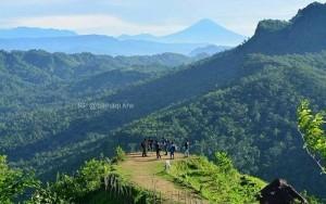 Wisata Bukit Langit Karanganyar Kebumen Informasi Sejarah Kab