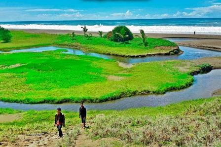 41 Tempat Wisata Kebumen Jawa Tengah Wajib Dikunjungi Pantai Bopong