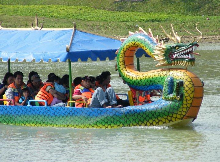Wisata Air Jembangan Wahana Kota Kebumen Gading Splash Water Kab