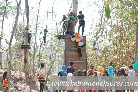 102 Siswa Sdn Nampudadi Petanahan Diajak Outbond Kebumen Ekspres Jemur