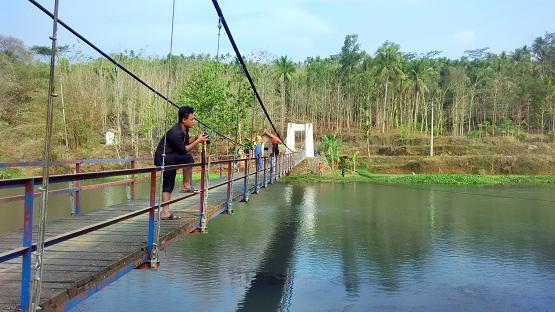 40 Tempat Wisata Kebumen Jawa Tengah Daerah Kota Gombong Kedungdowo