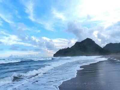 10 Gambar Pantai Suwuk Kebumen Jawa Tengah Tiket Masuk Berita