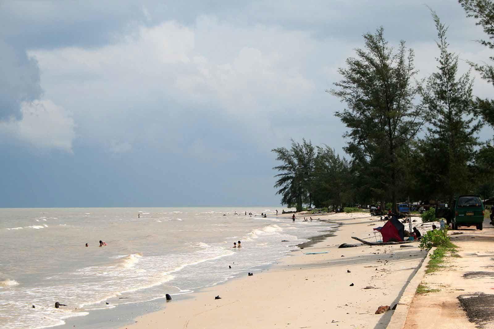 15 Kepingan Surga Kebumen Bikin Gak Sabar Pengin Liburan Pantai
