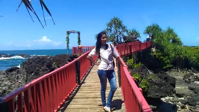 16 Wisata Pantai Terindah Kebumen Travel Story Indonesia Meganti Berlokasi