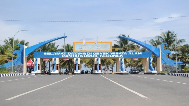 Pantai Suwuk Kebumen Destinasi Wisata Seru Wajib Dikunjungi Gerbang Bocor