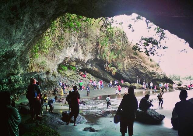 13 Pantai Kebumen Keren Bagus Banget Wisata Tempatku Gebyuran Kab