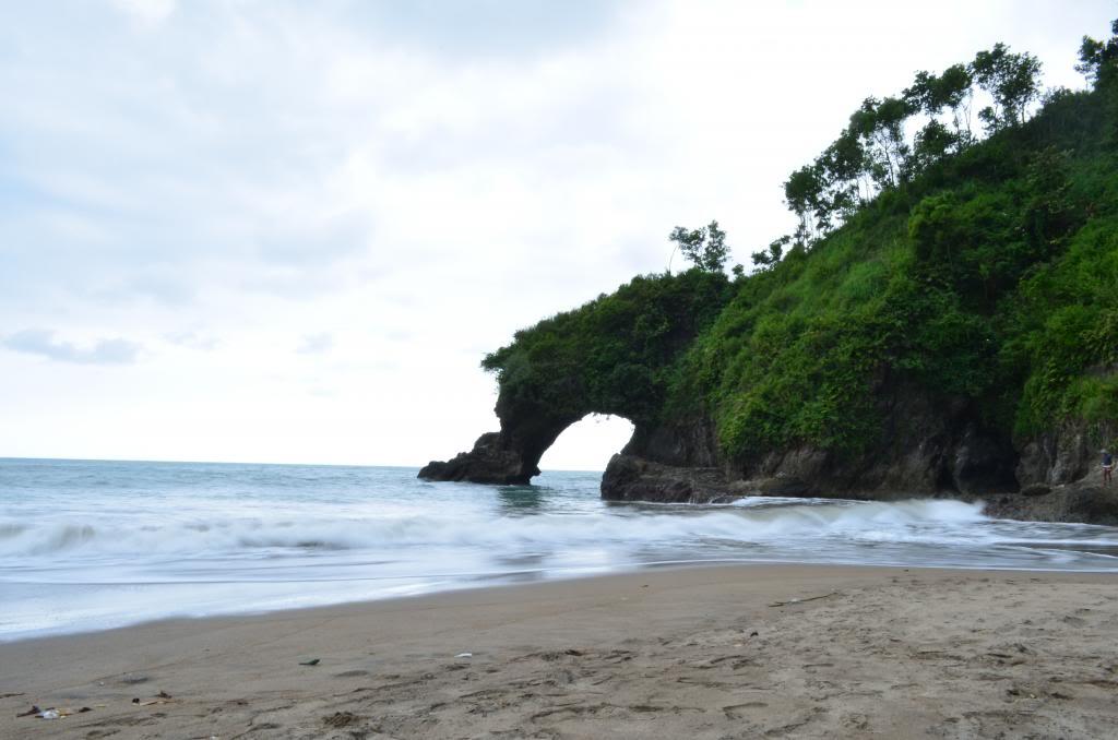 50 Tempat Wisata Kebumen Indah Diketahui Romantis Pantai Gebyuran Kab