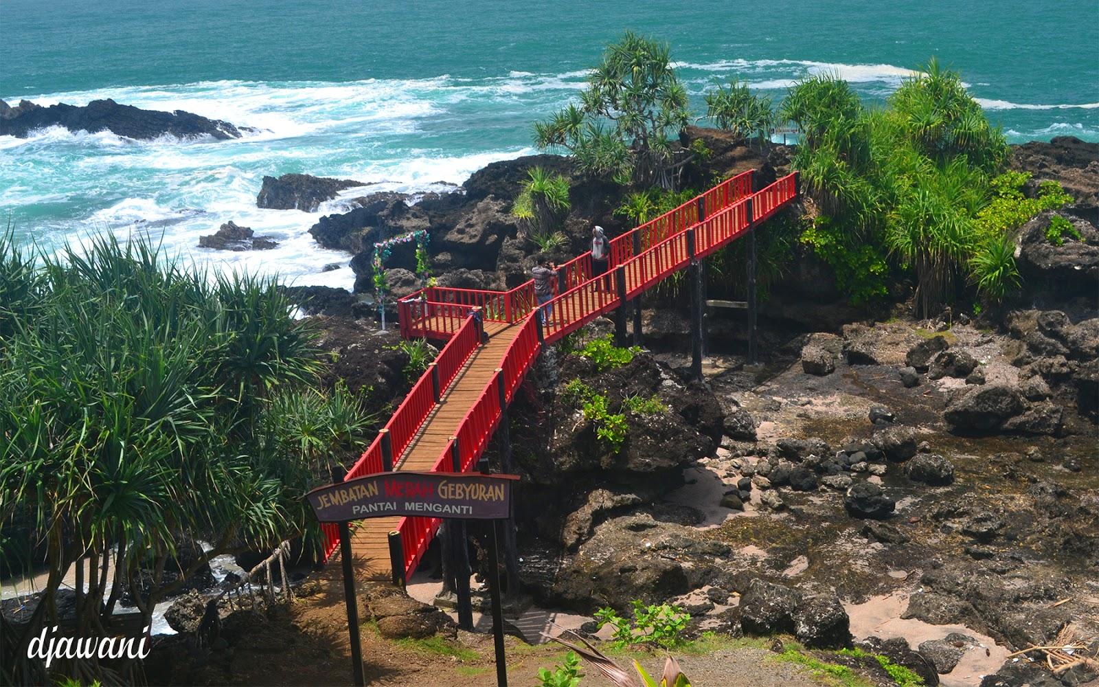 Pantai Menganti Jembatan Merah Jadi Andalan Wow Gebyuran Kab Kebumen