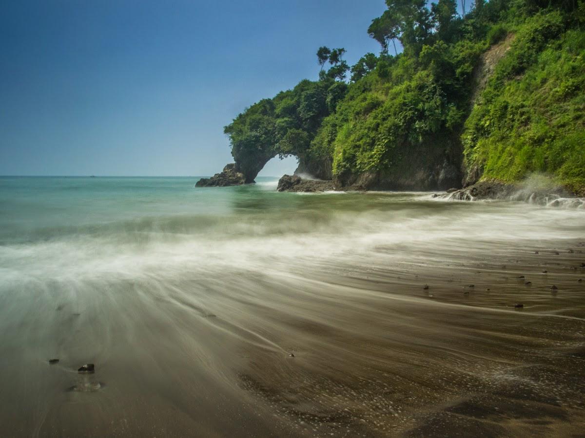 Pelesir Pantai Desa Pasir Diaspora Iqbal Gebyuran Kab Kebumen