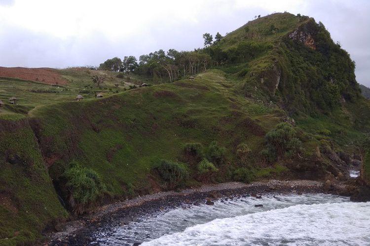 Suka Wisata Pantai Coba Liburan Kebumen Halaman Kompas Bentangan Bukit
