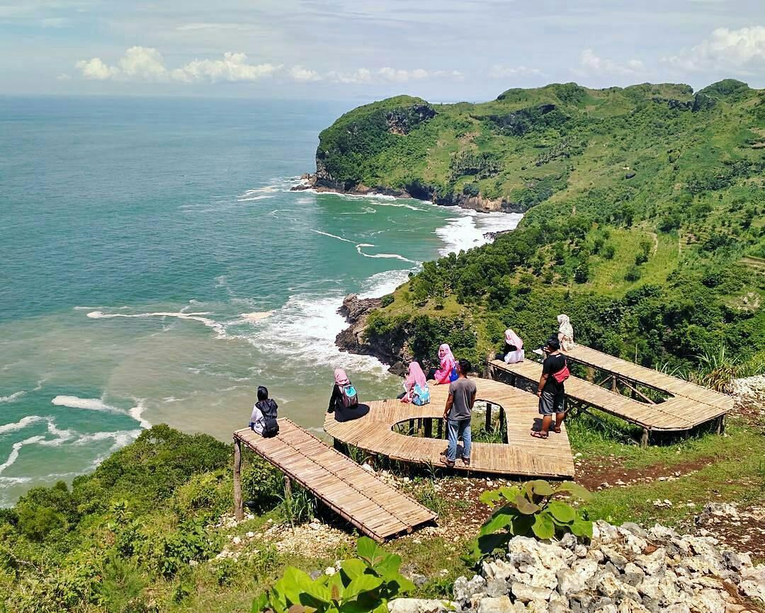 Tempat Wisata Kebumen Jelajah Sawangan Adventure Ayah Memiliki Pesona Tersendiri