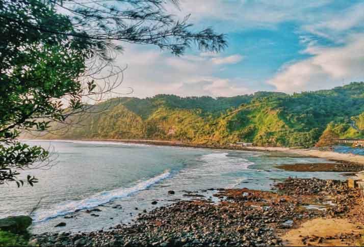 Tempat Wisata Kebumen Terbaru 2018 17 Menarik Pantai Menganti Gebyuran