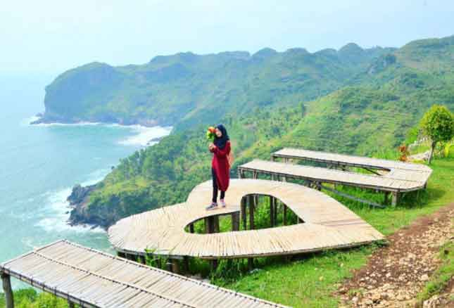 Tempat Wisata Kebumen Terbaru 2018 17 Menarik Pantai Sawangan Gebyuran