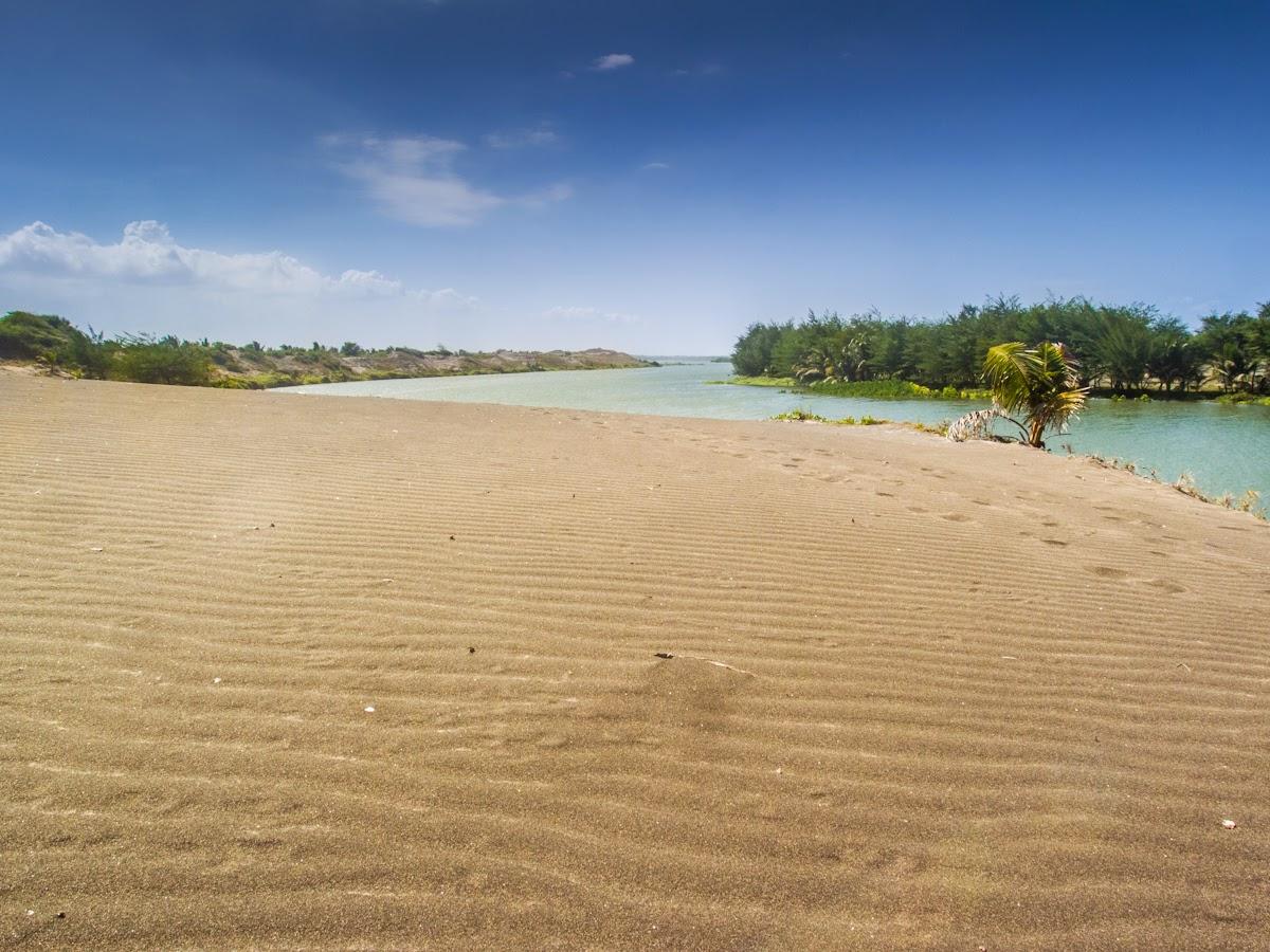Hikayat Gumuk Pasir Laguna Pantai Lembupurwo Diaspora Iqbal Punya Potensi