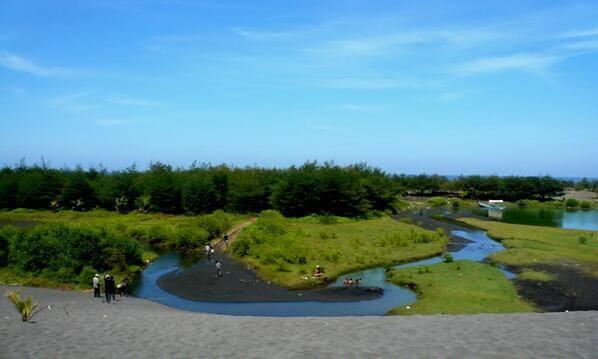 Lintas Kebumen Twitter Photo Laguna Pantai Lembupurwo Desa Mirit Visitkebumen2014