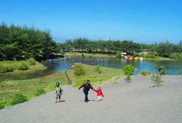 Pantai Lembupurwo Lintas Kebumen Obyek Wisata Laguna Desa Kecamatan Mirit