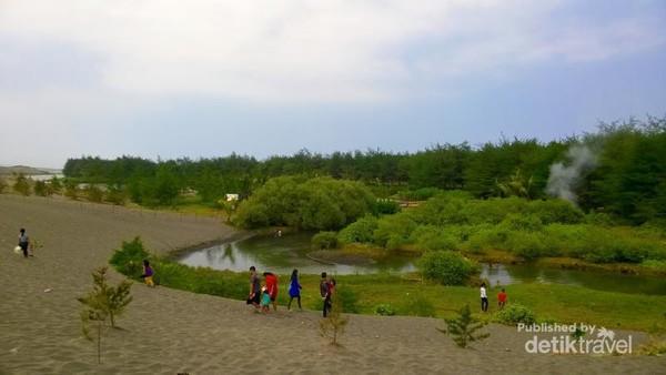 Terpesona Laguna Indah Pantai Lembupurwo Kebumen Terletak Desa Kecamatan Miri