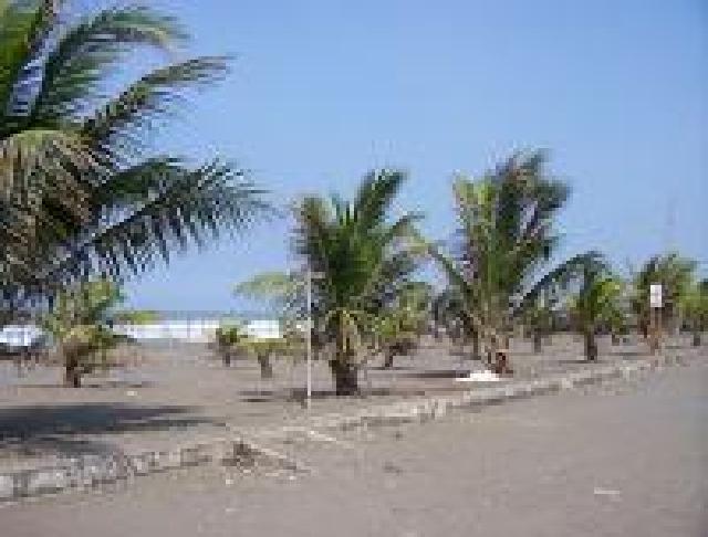 Obyek Wisata Pantai Petanahan Kab Kebumen