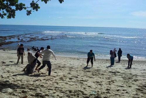 Pesona Keindahan Wisata Pantai Petanahan Karanggadung Kebumen Jawa Tengah Kab