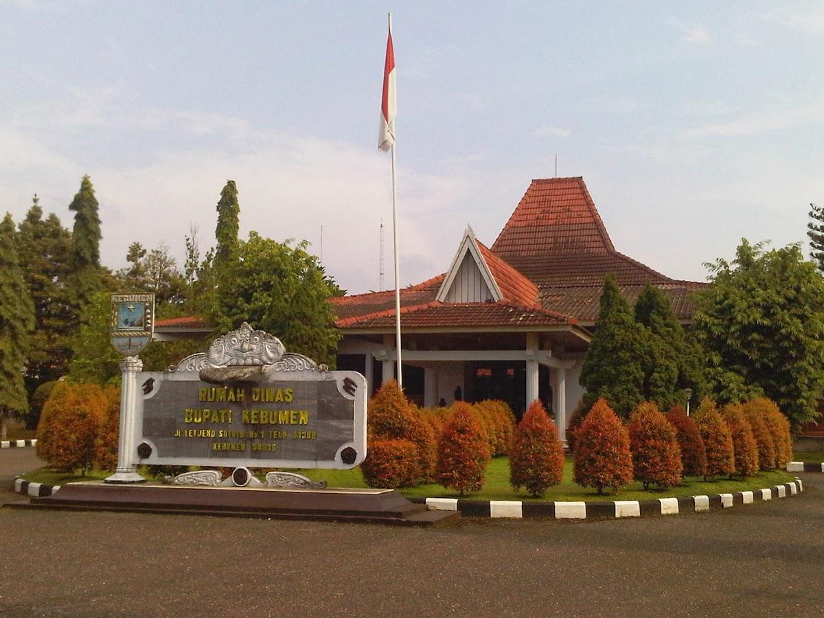 Places Kebumen Indonesia Rumah Dinas Bupati Taman Kota Jenderal Hm