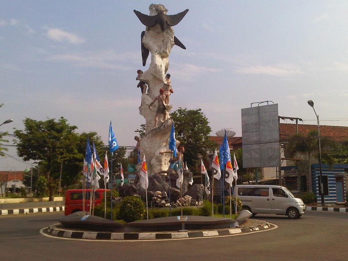 Places Kebumen Indonesia Tugu Lawet Taman Kota Jenderal Hm Sarbini