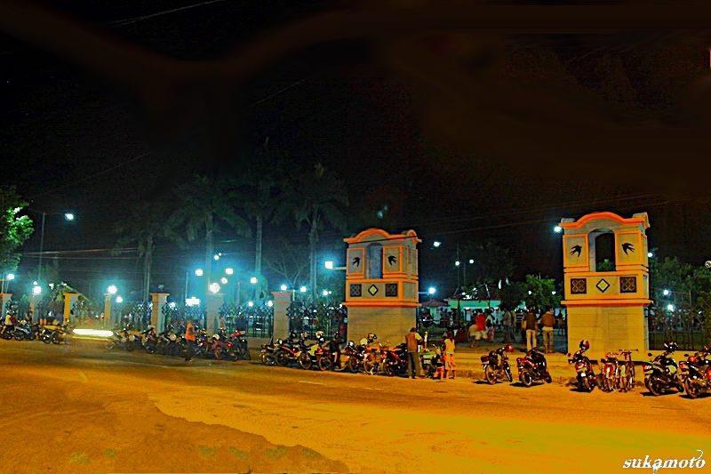Taman Kota Kebumen Oleh Rasimun Kompasiana Sarbini Malam Hari Foto