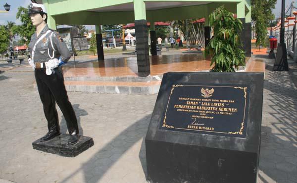 Wisatamurahdanunik Wisata Kebumen Jawa Tengah Impian Masyarakat Memiliki Ruang Publik
