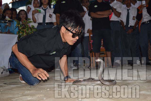 Smk Komputer Gelar Pameran Reptil Kebumen Ekspres Tahu Taman Kab