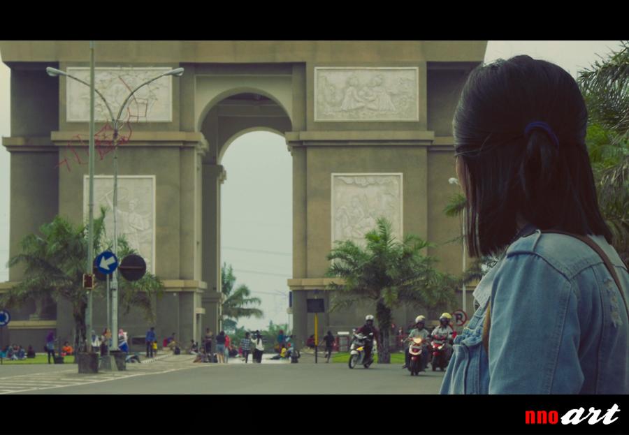 Monumen Simpang Lima Gumul Slg Kediri Arc De Triomphe Ramai