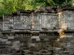 Candi Surawana Jawa Timur Kepustakaan Surawana5a Rifa Jpg Surawana5b Kab