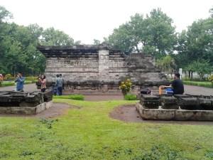 Mengenal Sejarah Wisata Candi Tegowangi Kabupaten Kediri Faradila Hampir Mirip