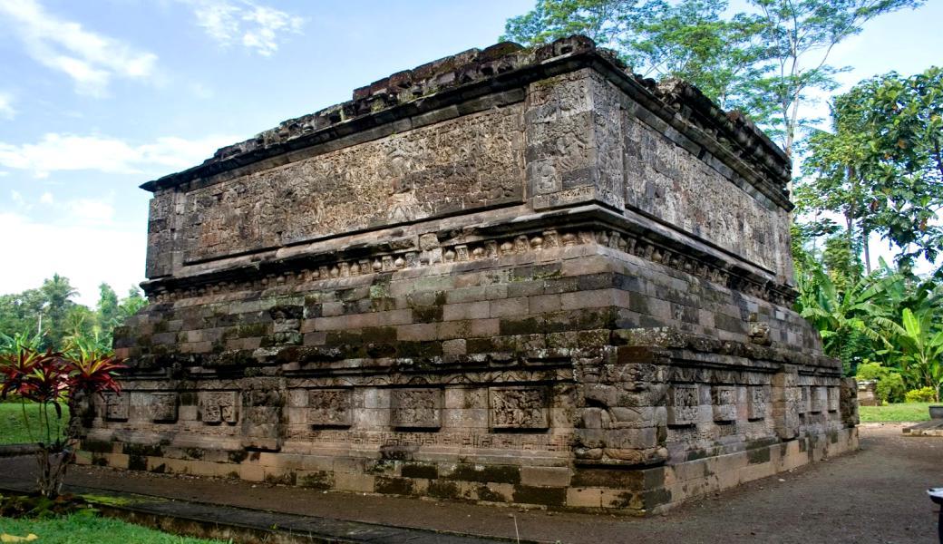 Jejak Sejarah Berupa Candi Tersebar Kabupaten Kediri Lotus Garden Hotel