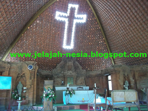 Gereja Batu Puhsarang Unik Kediri Oleh Heri Agung Fitrianto Katolik