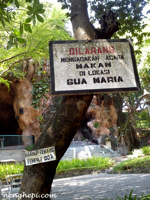 Gereja Gua Maria Pohsarang Kediri Wisata Awkward Situs Ziarah Katolik