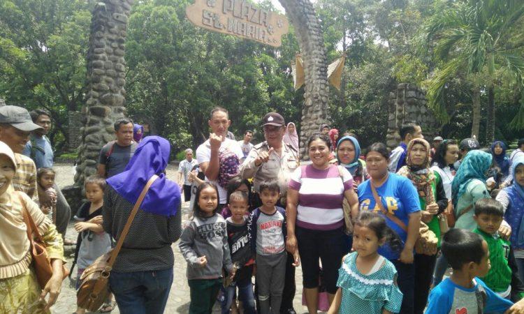 Pengunjung Serbu Komplek Wisata Religi Gereja Puhsarang Kediri Kab