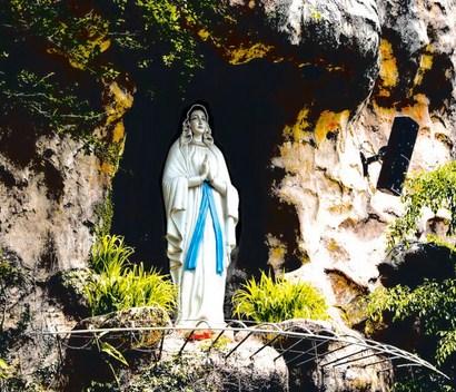 Pesona Keindahan Wisata Gereja Puh Sarang Kediri Daftar Tempat Puhsarang