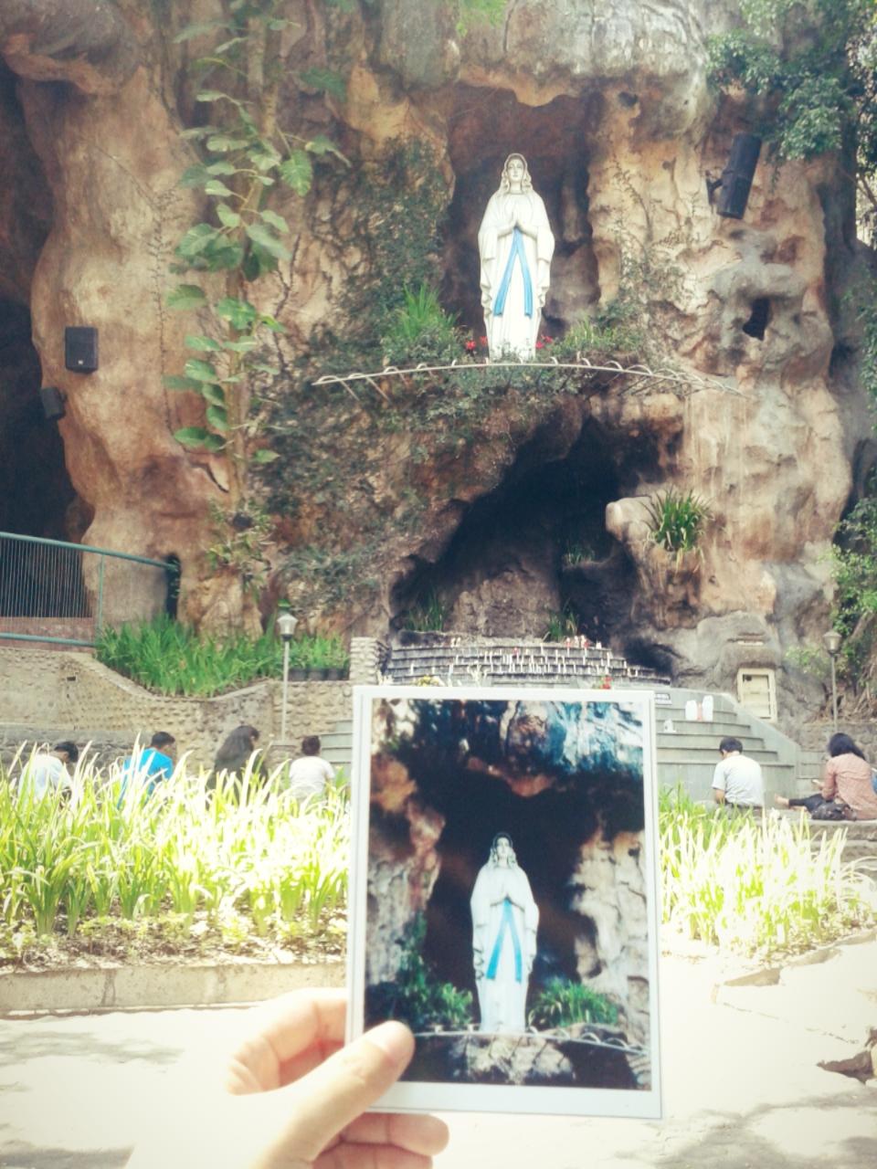 Simpang Lima Kediri Gumul Malam Hari Travelling Healing Gua Maria